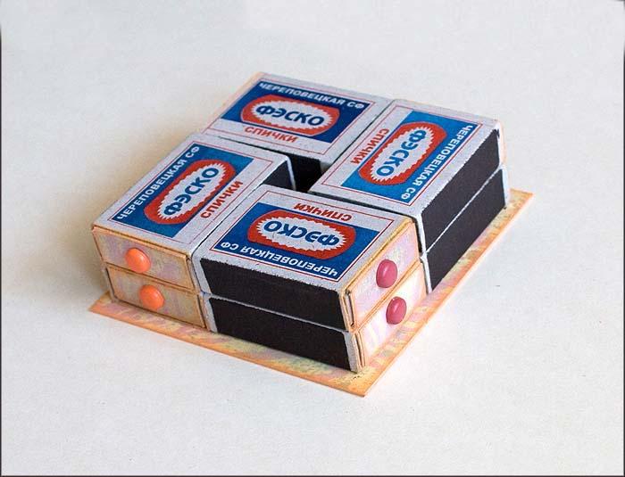 склеиваем коробки