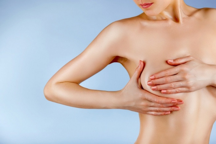 здоровая грудь