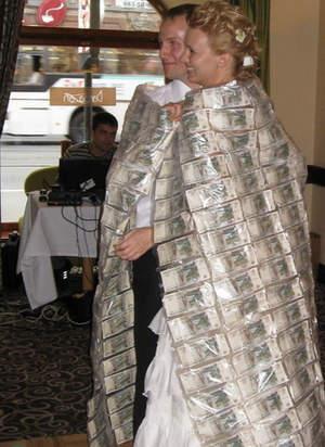 Одеяло из денег на свадьбу