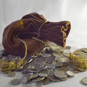 Амулет для привлечения денег своими руками