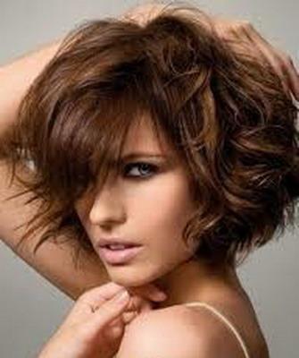 стрижка для волнистых волос