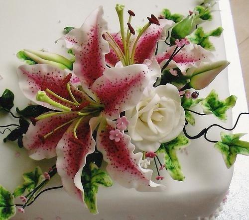 лилия из мастики пошагово фото