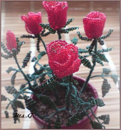 Как сделать розу из бисера своими руками: схемы, видео
