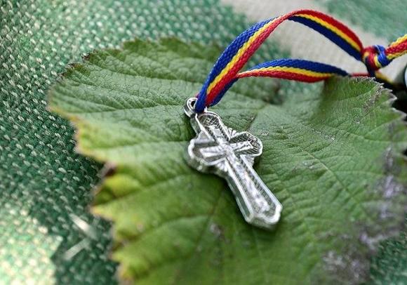 Примета подаренный крест 119