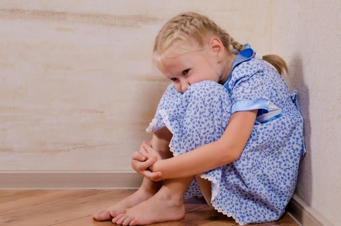ставить ребенка в угол
