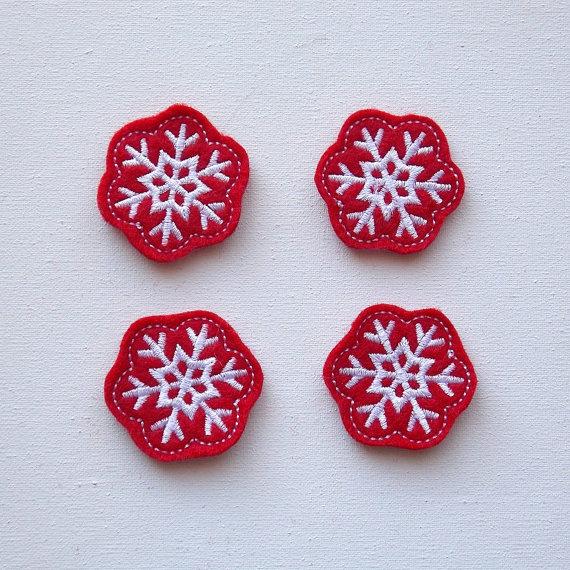 снежинки с вышивкой