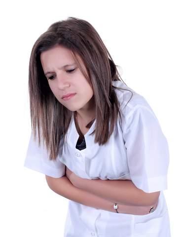 Боль в желудке в области солнечного сплетения – причины, симптомы, диагностика и лечение