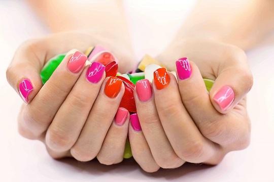 розовые ногти фен шуй